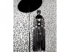 "Wieki Somers, Alexander McQueen ""Blossom Rain"" tijdens Salone del Mobile 2015."