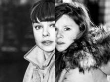 Anne-Fé-de-Boer-en-Lotte-Rischen_Silent-Twins