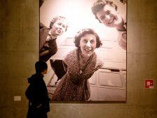 Expositie in het Nederlands Fotomuseum - foto:  Daarzijn